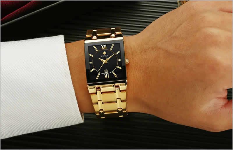 relógio wwoor masculino dourado