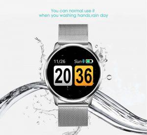 IP67 À Prova D' Água O relógio q8 é ip67 nível impermeável, você não tem que ter medo de lavar as mãos ou dias chuvosos a água fria irá danificar o seu relógio.